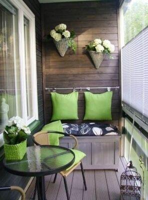 Uređenje balkona, malih dimenzija, zelena boja